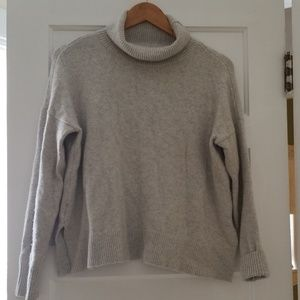 Gray Knit Loft Sweater Small
